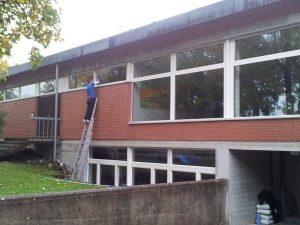 Fensterreinigung Schulhaus